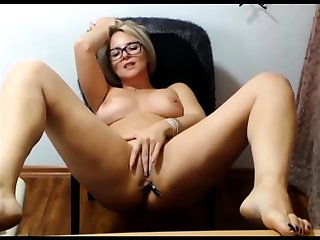 Mature fair-haired matchless masturbation