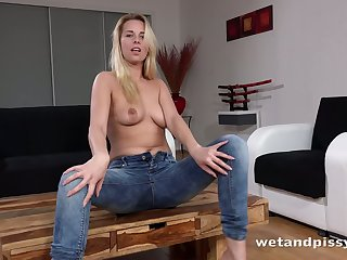 This subsistence blonde loves to pee to the fullest halcyon enervating jeans and she's so sexy