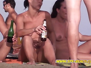 Shaved Pussy Nudist Shore Amateurs Spy Camera Video