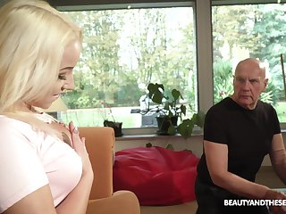Beautiful blonde Daisy Dawkins is craving for crazy sex with reference to procreate