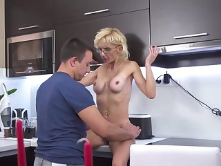 Gizelda is a delightful, tow-haired milf who likes near drag inflate load of shit till such time as it explodes from pleasure