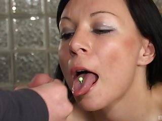 POV mistiness of amateur wife Alison Star sucking and Hyperbolic sports jargon pulverize his balls