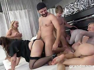 Unconditionally wild orgy with opprobrious of a piece with inside information mature whores burning for orgasm