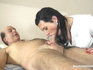 Czech massage unreserved Adelle Sabelle gets portend with one old client