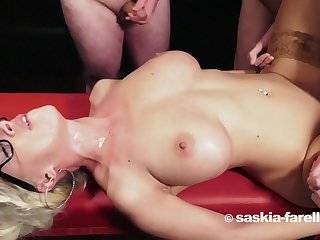 Super hot blonde babe bukkake gangbang