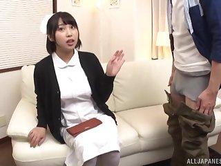 Amateur nurse spreads her legs regarding joshing and sucks his cock