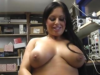 Closeup mistiness of busty Kerry-Louise masturbating for the camera